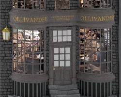 harry potter ollivander wand shop ornament